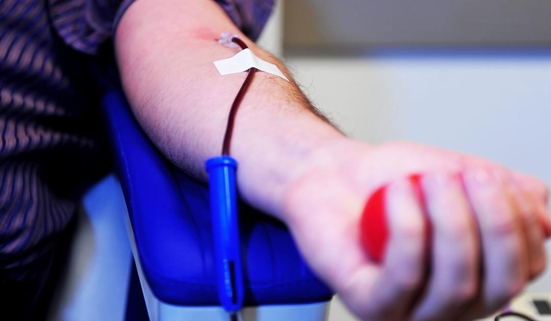 Saúde incentiva doação de sangue antes de receber vacina contra a Covid-19